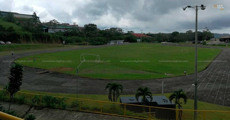 Atletas sancarleños tendrán pista con certificación internacional